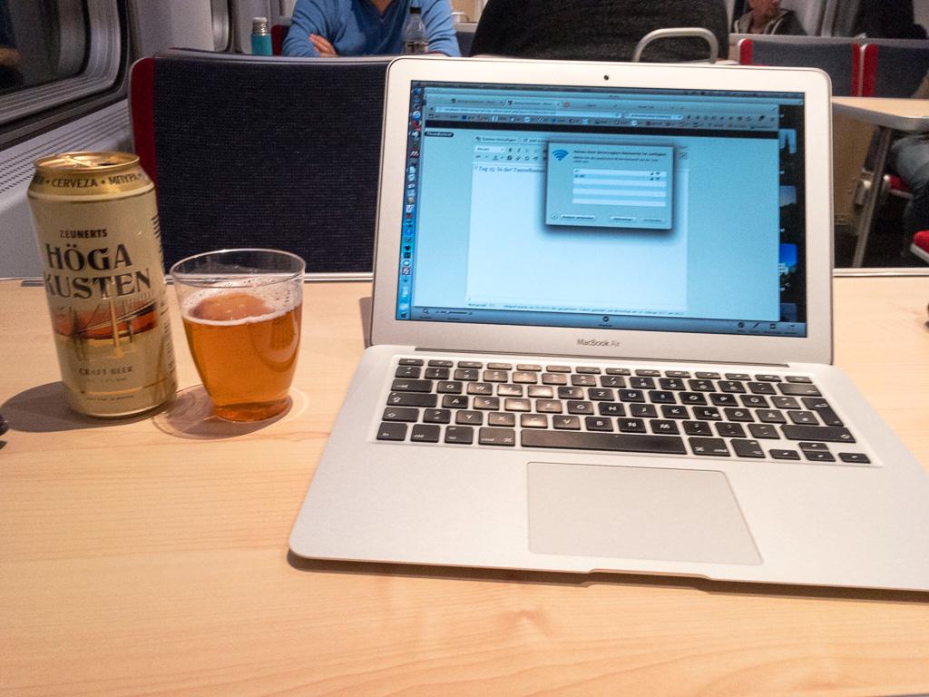 Tag 16: Bierchen im Bordbistro
