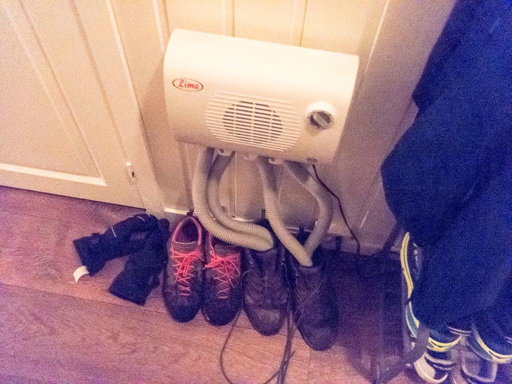 Tag 19: Schuh-Fön bei Kenneth