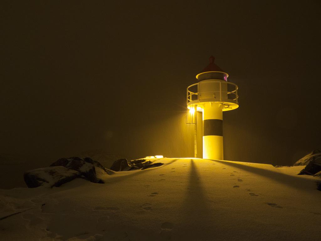 Tag 19: Nachts im Hafen von Kabelvåg