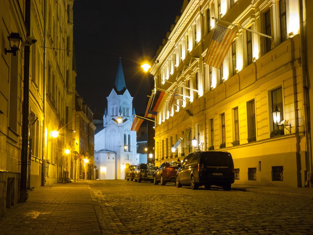 Tag 39: Tag 39: Riga bei Nacht – Altstadtszenen I