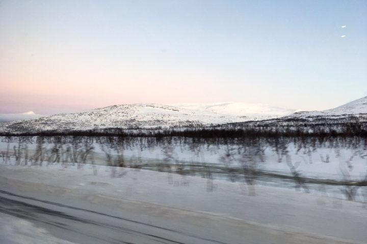 Saltfjellet an der Nordlandbanen von Trondheim nach Bodø im Winter