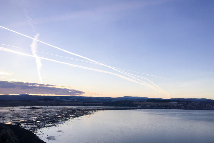 Himmel am Morgen auf der Nordlandsbanen von Trondheim nach Bodø