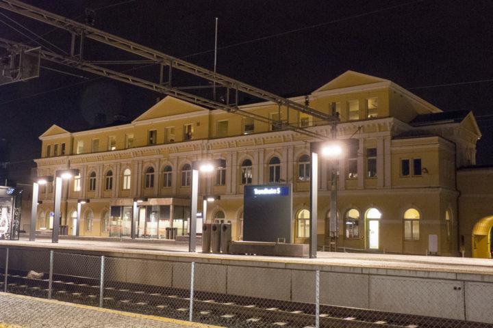 Trondheim Sentralstasjon Empfangsgebäude