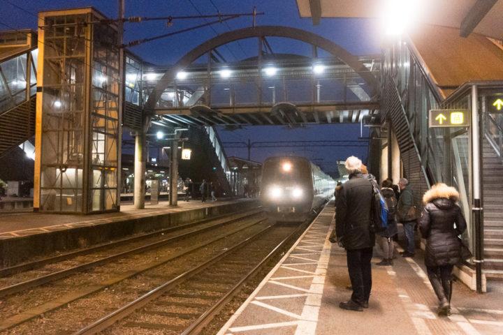 Einfahrt des Öresundståg in Lund Centralstation