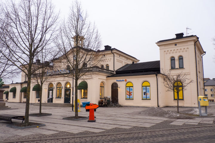Empfangsgebäude Bahnhof Örebro